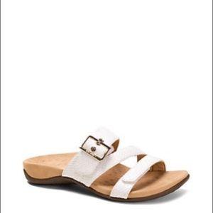 Vionic | Skylar Slide Sandals